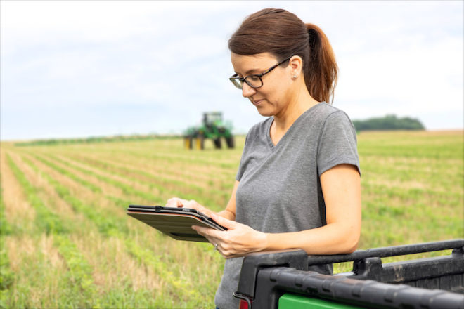 John Deere Offers JDLink Connectivity Service at No Additional Charge