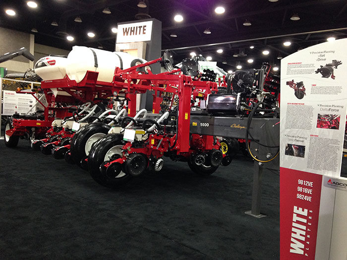 White Planters 9800VE Series planter
