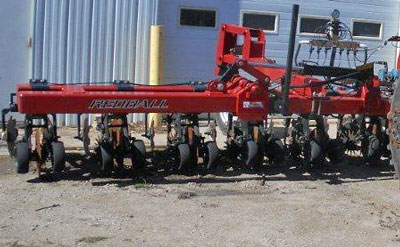 Redball Strip-till Unit